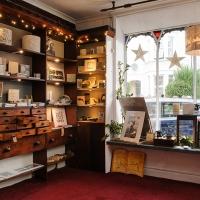 shop-interior-front-window